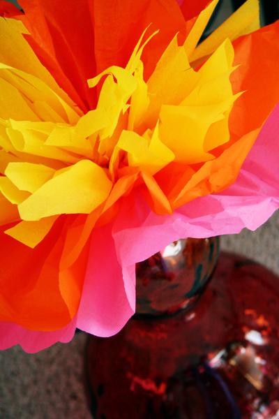 Studio_tissue_flower_floor_vase