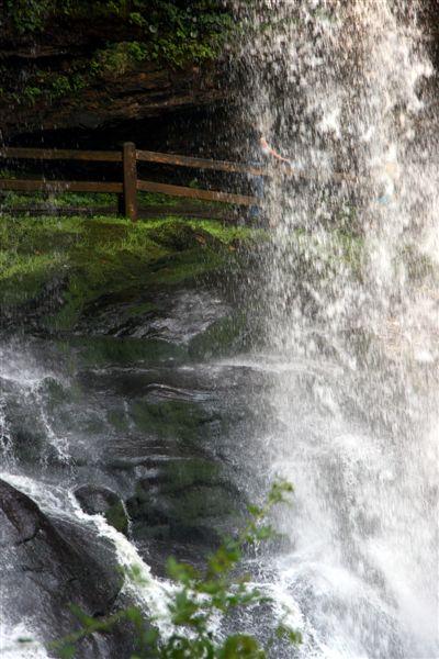 Mwaterfall6