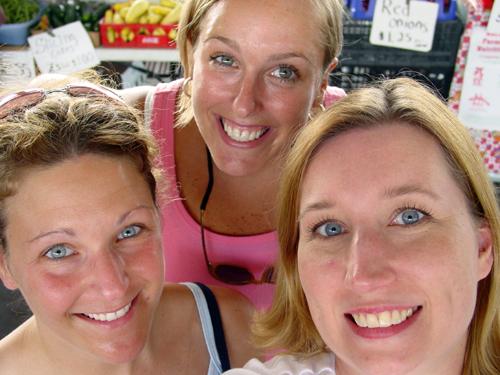Annette_meg_me_farmers_market_july_1_200