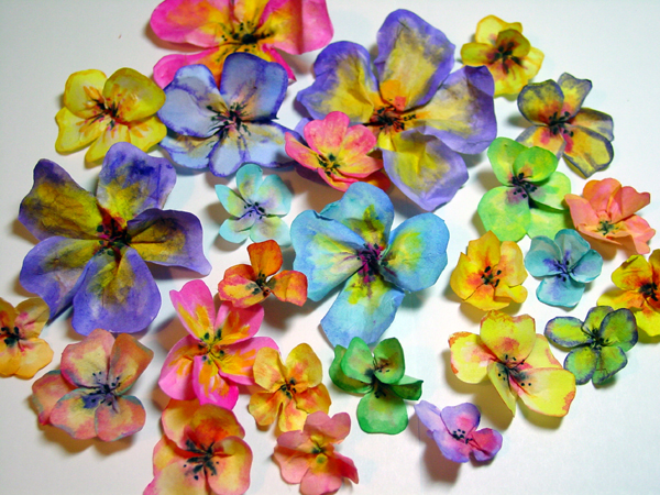 paper flowers to make. Embellish center of flowers